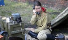 Wystawa militariów jedną z niedzielnych atrakcji na wąskim torze (video)